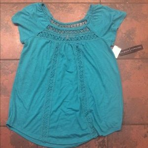 Tops - NWT women's shirt size small